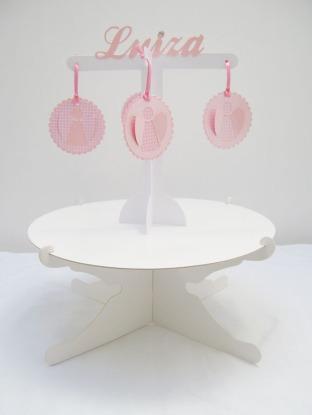 http://www.elo7.com.br/suporte-doces-cupcakes-mobile-temas/dp/2EA6CE